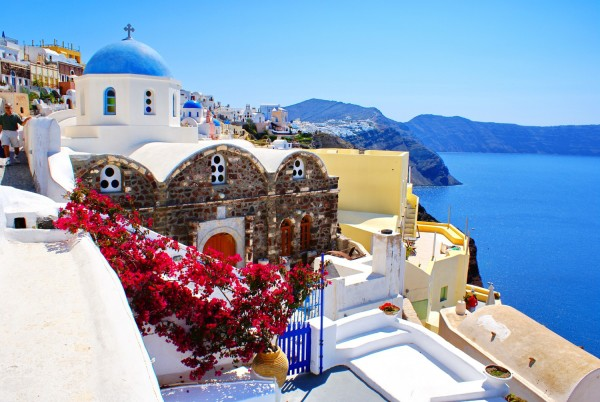 Santorini-greece-1500x1004