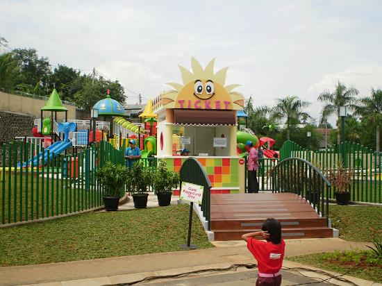 4 Reasons To Bring Your Family To Serpong 3