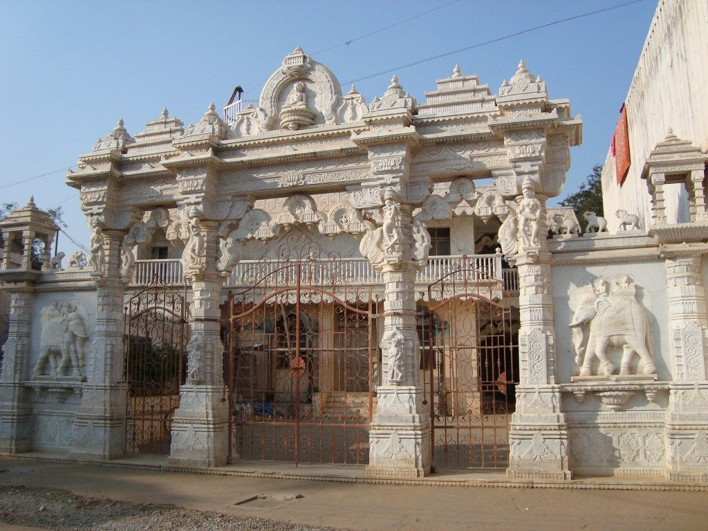 Stunning Jain Temples – Explore with your family