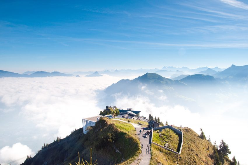 Get Some Fresh Air- How to Enjoy an Activity Getaway On the Alps